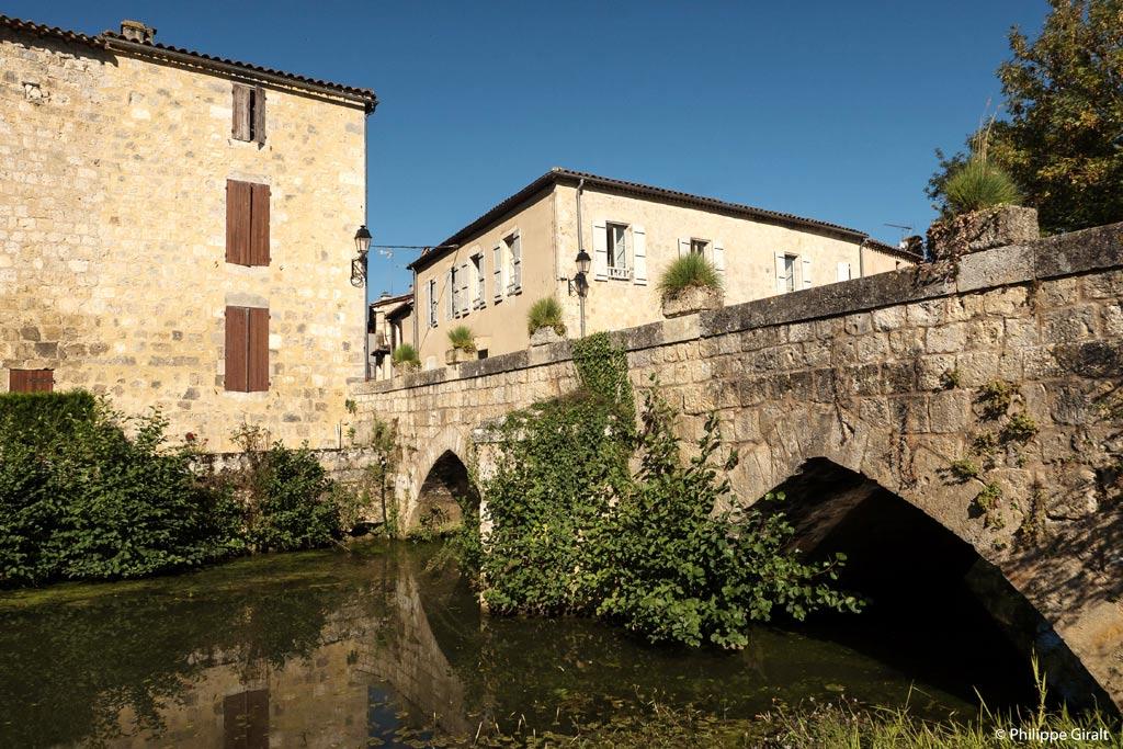 Fourcès, une bourgade agréable où séjourner