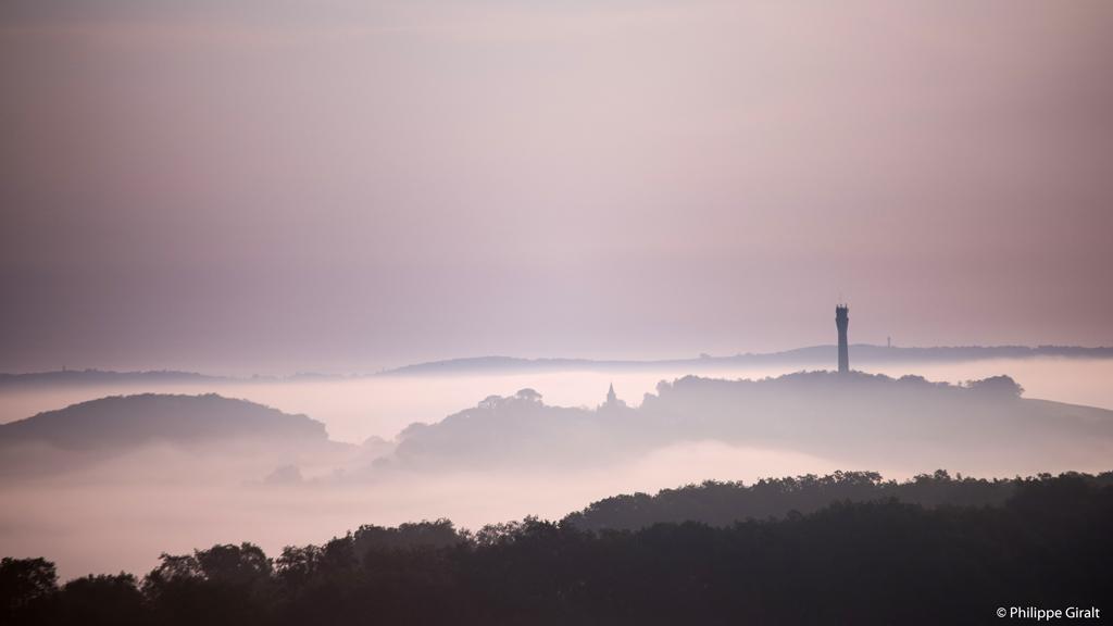 Les caprices de la brume à Castillon-Massas