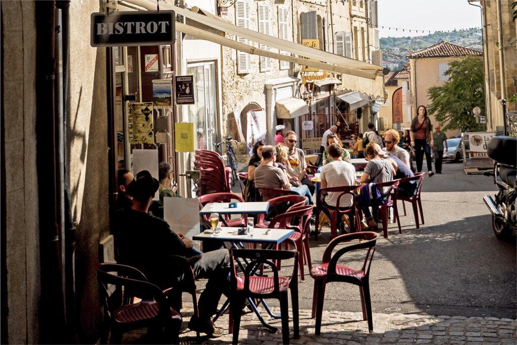 Terrasse de café à Auch